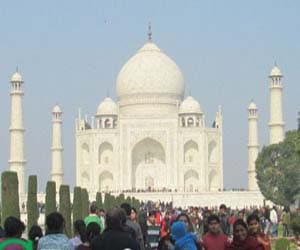 Agra Mathura Vrindavan one day tour palces to visit